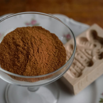 Speculaaskruiden. A traditional Dutch spice mix.