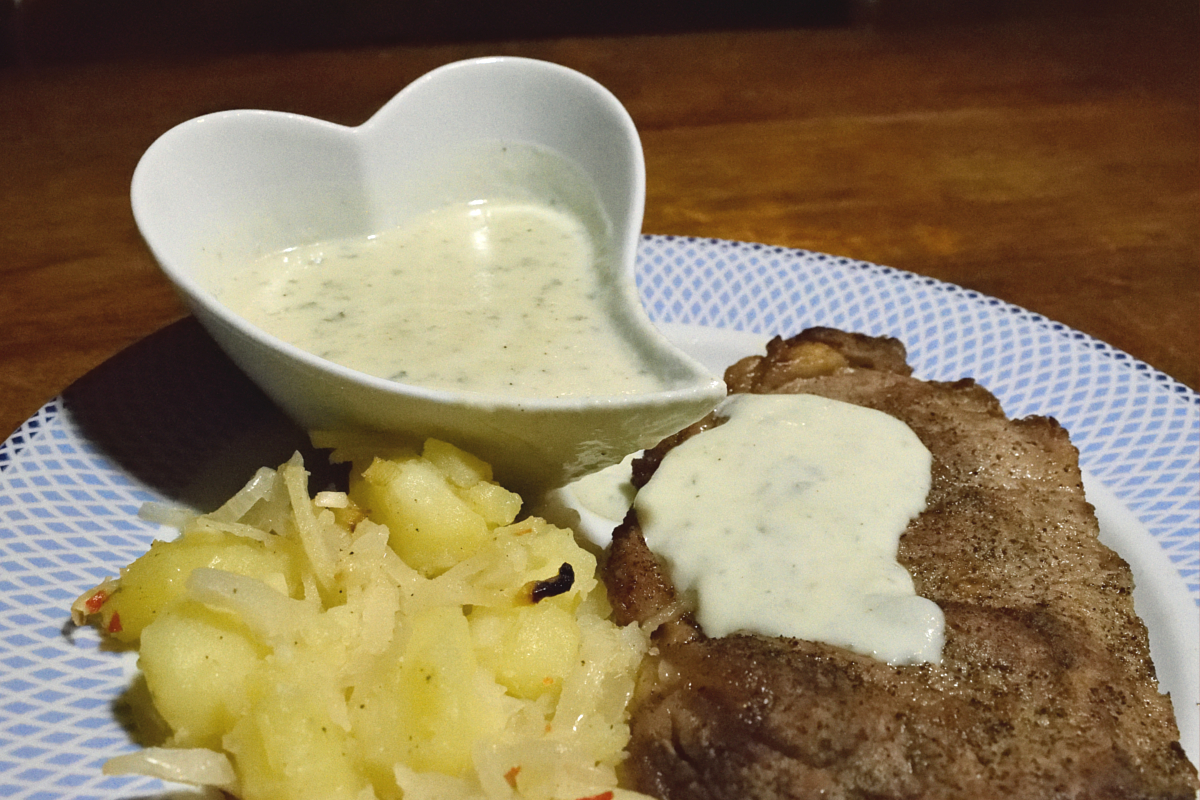 Steak With Gorgonzola Sauce Tiny Dutch Kitchen