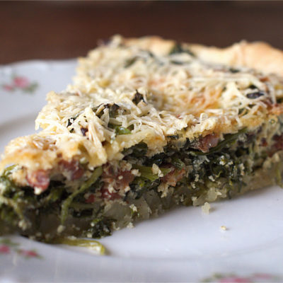 Green quiche with lardons