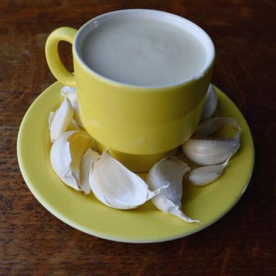 Toum. Lebanese garlic sauce.