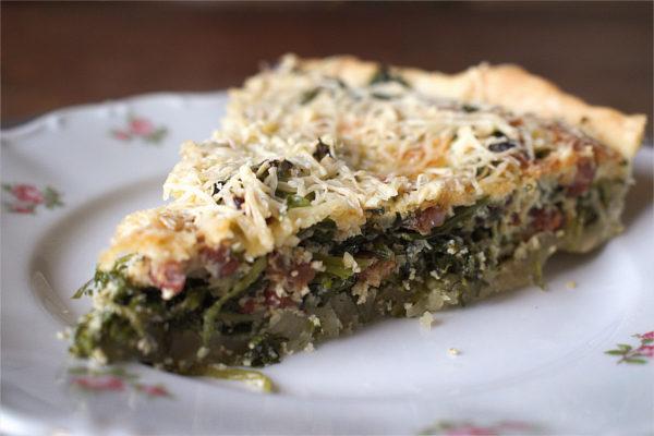 Green quiche with lardons