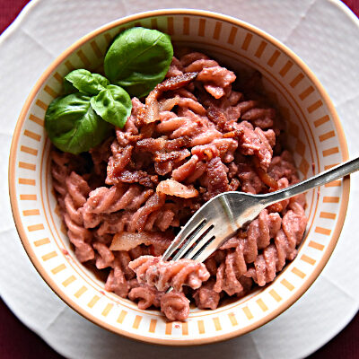 Beetroot and Goat Cheese Pasta